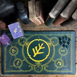 Infinite Black: The Elder Sign Premium Stitched Playmat - Eldritch Green (59x36cm) в Аксесоари