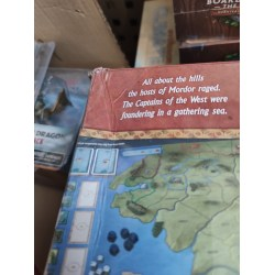 [Slightly damaged box] War of the Ring (2nd Edition, 2016) Board Game