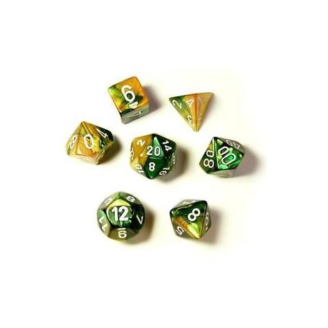 Комплект D&D зарове: Chessex Gold-Green & White в Зарове за игри