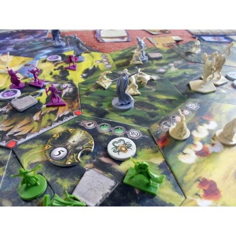 Runewars Revised Edition  - стратегическа настолна игра