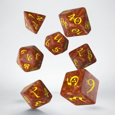 Комплект D&D зарове: Polyhedral 7-Die Set - Q-Workshop Classic RPG Caramel & Yellow в D&D и други RPG / D&D Зарове