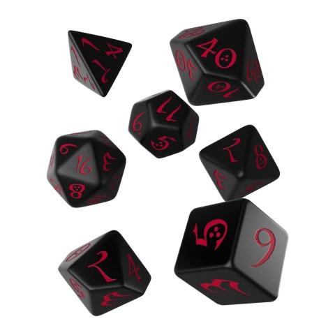 Комплект D&D зарове: Polyhedral 7-Die Set: Q-Workshop Classic RPG (Black and Red) в Зарове за игри