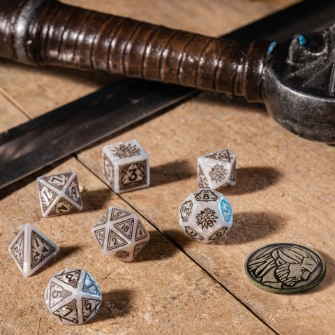 Polyhedral 7-Die Set: Q-Workshop The Witcher Geralt - The White Wolf (White & Brown) in D&D Dice Sets